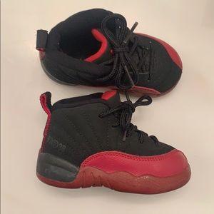 Toddler Jordan sneakers 👟 size 5